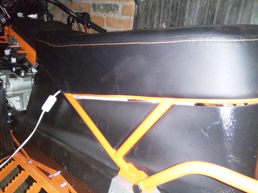 Щели багажника-1.jpg